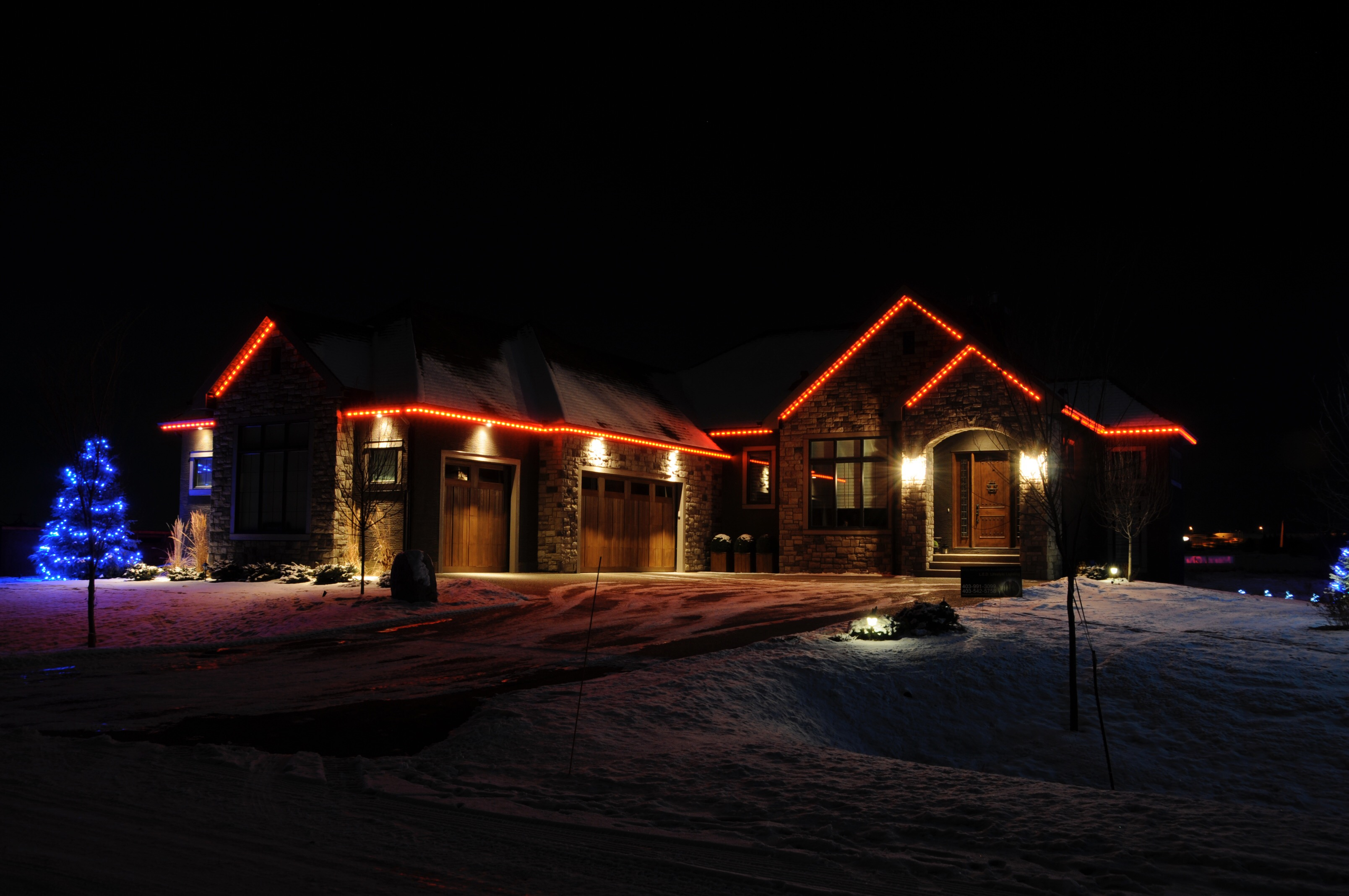 Year-Round Outdoor Christmas Lights for a Brighter Toronto